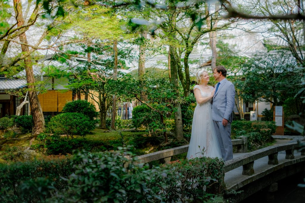 Engagement and Pre Weddingr photographer in Kyoto and Tokyo