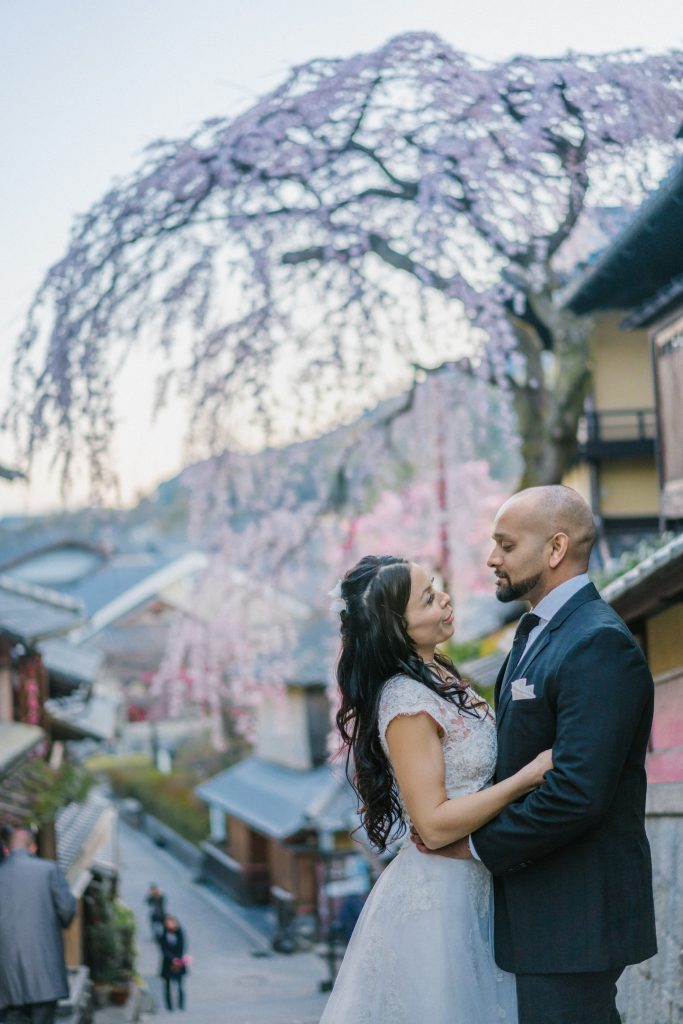 Pre Wedding photoshoot with bamboo forest by freelance wedding photographer in Kyoto